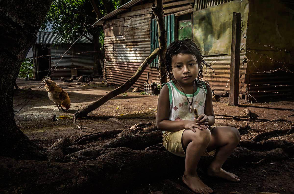 Nicaraguan Girl Wouter Boer Photography